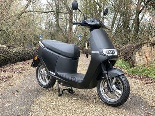 AGM Ecooter E2 Elektrische scooter