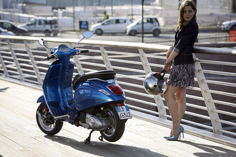 Vespa-Sprint-125cc