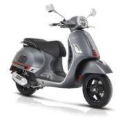 Vespa GTS motorscooter