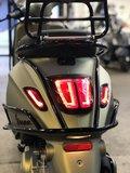 Custom Vespa Sprint Matt 18K Gold 25km/u_