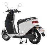 Elektrische scooter wit