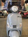 Santini Capri 2.0 Nardo Grey scooter close-up