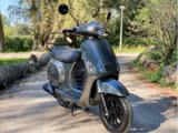 Santini Capri scooter Meteor Grey