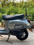 Santini Capri scooter Meteor Grey linksachter