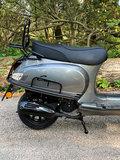 Santini capri scooter Meteor Grey rechtsachter
