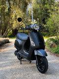 Santini e-Capri elektrische scooter matzwart