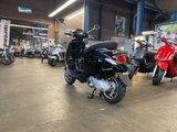 Vespa Sprint Zwart Nero Lucido E5 I-GET scooter_
