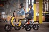 Segway B110s Elektrische scooters Geel en Rood lifestyle