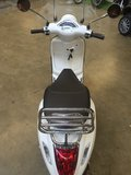 Custom Vespa Primavera Summit White_