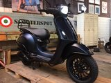 Vespa Sprint Black 2 Blue _