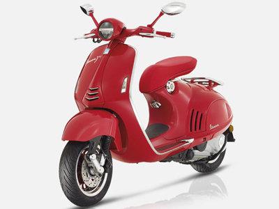 Vespa 125 Red
