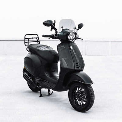 Vespa Sprint BALR. X Scooterspot Edition