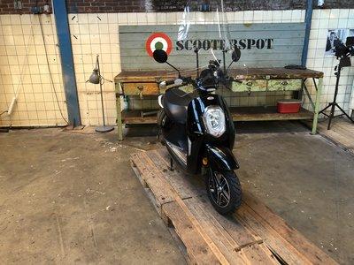 Monasso Elektrische scooter Zwart 25km/u 2017