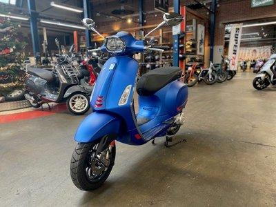 Vespa Sprint S Blue Vivace Matblauw E5 I-GET scooter