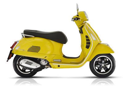 Vespa GTS Super 300 HPE E5 Giallo Estate geel