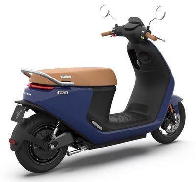 Segway E125s blauw elektrische scooter