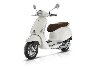 Vespa Primavera scooter Montebianco Wit E4 I-GET
