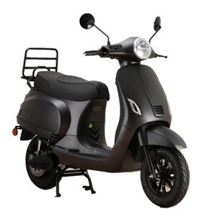 Santini e-Capri matzwart de beste elektrische scooter