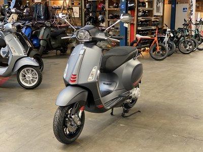 Vespa Sprint S Matgrijs E5 I-GET scooter