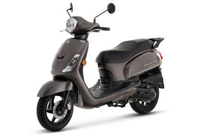 Sym Fiddle II Metallic Light Brown bruinmetallic scooter