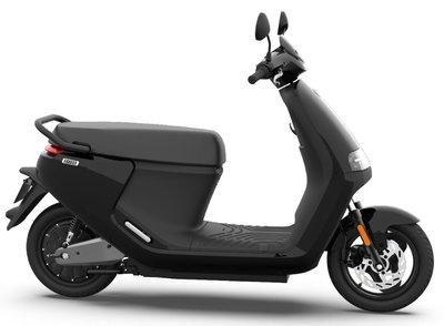 Segway E110s Elektrische scooter Zwart eScooter Phantom Black Glossy