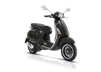 Vespa Sprint Zwart Nero Lucido E4 I-GET scooter