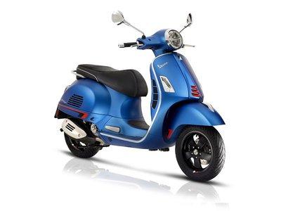 Vespa GTS Supersport Blue Vivace