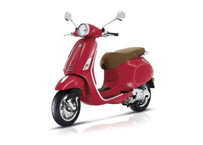 Vespa Primavera scooter Rosso Dragon rood E4 I-GET